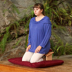 Seiza Meditation Bench Set - Our standard Seiza Bench Set shown here with a burgundy Zabuton Mat and Seiza Bench Cushion. Solid Maple. Low V.O.C. finish. Made in Vermont